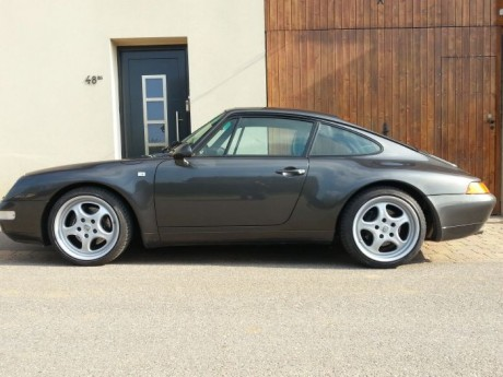 Porsche 911 (type 993) Carrera 2